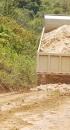 Prefeitura recupera estradas vicinais para o escoamento da produção de laranja do Município